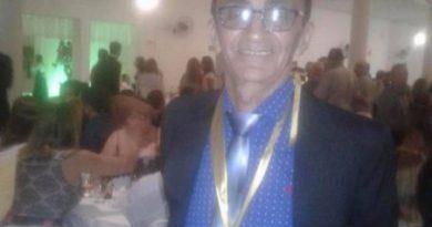 Deputado João Henrique apresenta voto de aplauso pela posse do poeta Irismar di Lyra na Acal