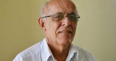Acal homenageia acadêmico Rafael Holanda em sessão virtual na quinta-feira (21)